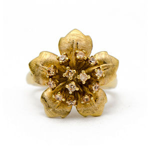 Jewelry - Flower Ring with Champagne CZ Stones in Goldtone
